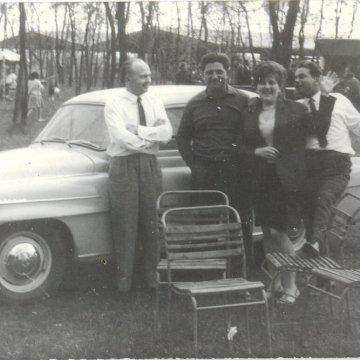 Az első családi autó Skoda Octavia balról nagyapám